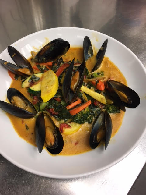 Blue Mussels at Midtown Grille